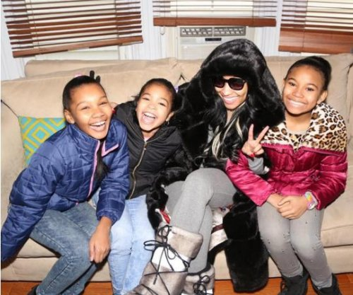 Nicki Minaj shares photos of 'Nicki' cast members from set
