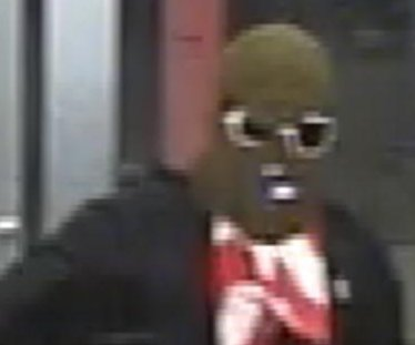 Armed robber's disguise resembles a gas mask in Florida