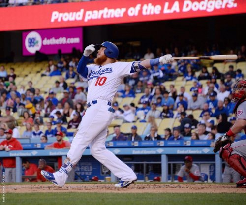 Justin Turner homers in first game back with Los Angeles Dodgers