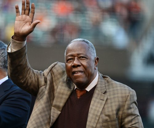 On This Day: Hank Aaron hits 500th home run