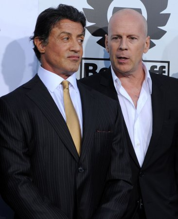 'Expendables' tops N. American box office