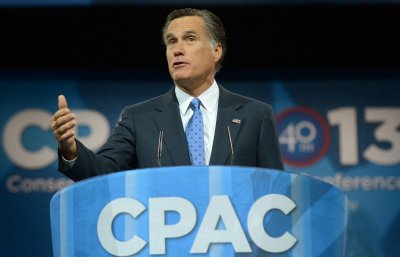 Mitt Romney says he is not a presidential candidate for 2016
