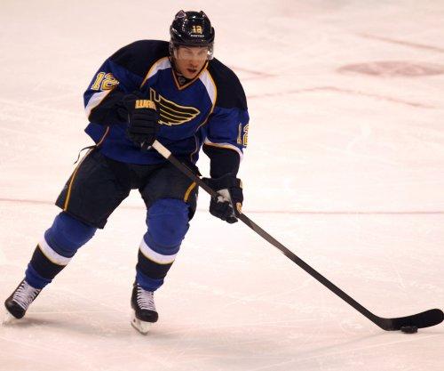 Derek Roy acquired by Edmonton Oilers from Nashville Predators