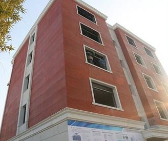 Chinese company 3-D prints apartment buliding