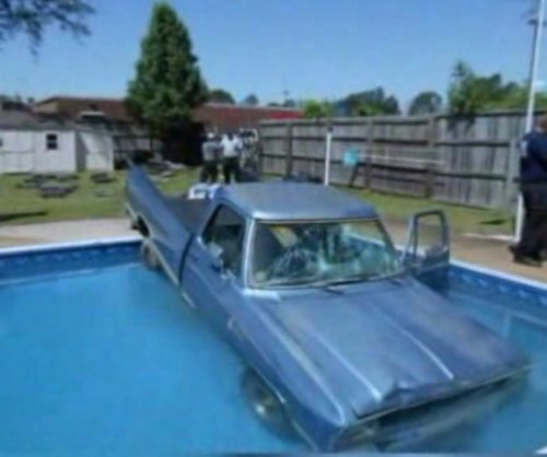 North Carolina dog blamed for crashing pickup into pool