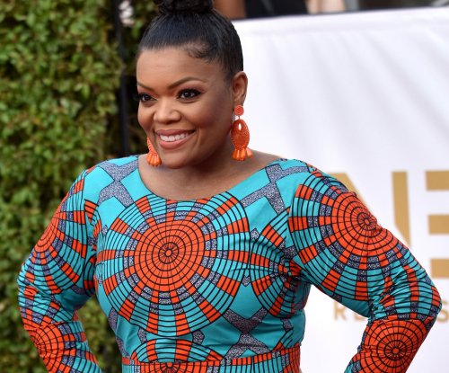 Yvette Nicole Brown temporarily taking over 'Talking Dead'