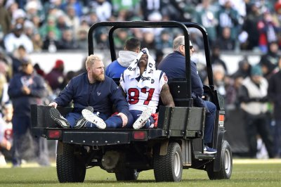 Texans place WR Demaryius Thomas on injured reserve