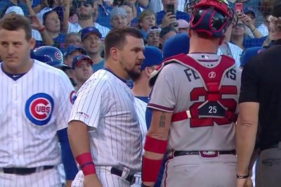 Braves, Cubs clear benches after Chicago's Contreras celebrates home run
