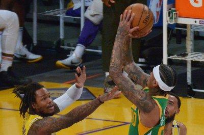 Jordan Clarkson, Jazz score wire-to-wire win vs. depleted Lakers