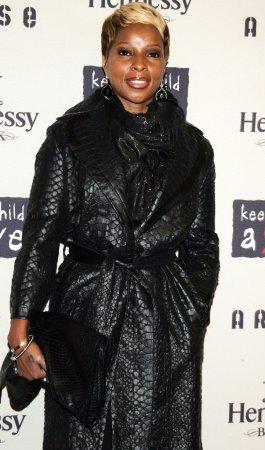 Essence magazine to honor Blige