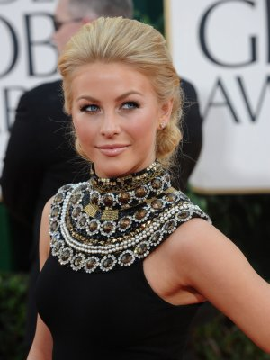 Hough may co-star with Cruise in 'Ages'