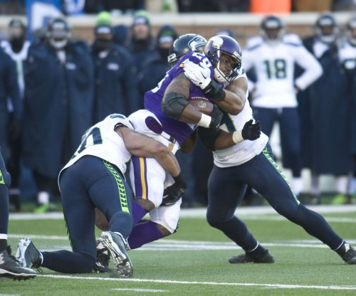 Minnesota Vikings' Adrian Peterson adapting to shotgun formation
