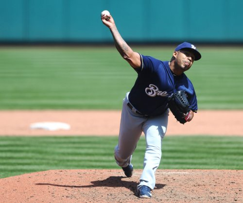 Brewers send Guerra to mound in bid to sweep Marlins