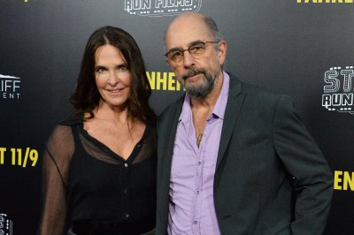 Richard Schiff says 'West Wing' cast reunion, script reading is in the works