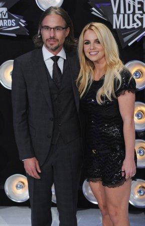 Spears celebrates engagement in Vegas