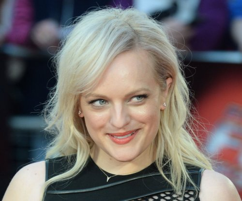 Elisabeth Moss to star in new Hulu drama 'The Handmaid's Tale'