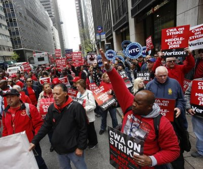 End to Verizon strike brings pay raise, bonuses for employees