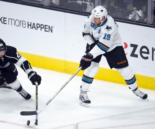 San Jose Sharks re-sign Joe Thornton, lose free agent Patrick Marleau to Toronto Maple Leafs