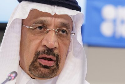 Saudi Arabia minister offers to continue to serve as oil cushion, calming markets