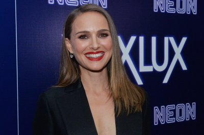 Natalie Portman: 'I have only respect' for Jessica Simpson