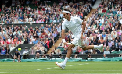 Federer wins first match in road to eighth Wimbledon title