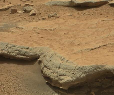 Study: Geologic patterns in rover pics suggest life on Mars
