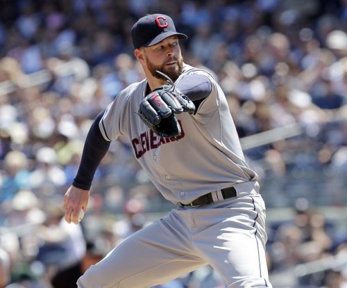 Cleveland Indians' Corey Kluber flirts with no-hitter, gets win