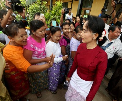 Myanmar holds peace talks between ethnic groups