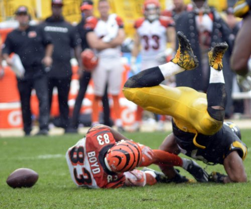 Pittsburgh Steelers get controversial call in win vs. Cincinnati Bengals