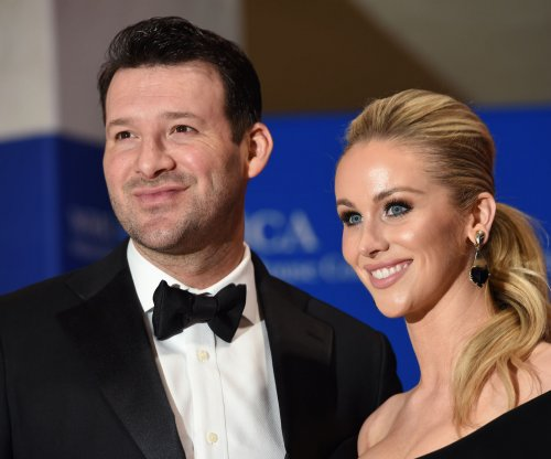 Dallas Mavericks will honor former Dallas Cowboys QB Tony Romo in home finale