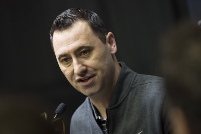Atlanta Falcons OC Steve Sarkisian expected to return in 2018