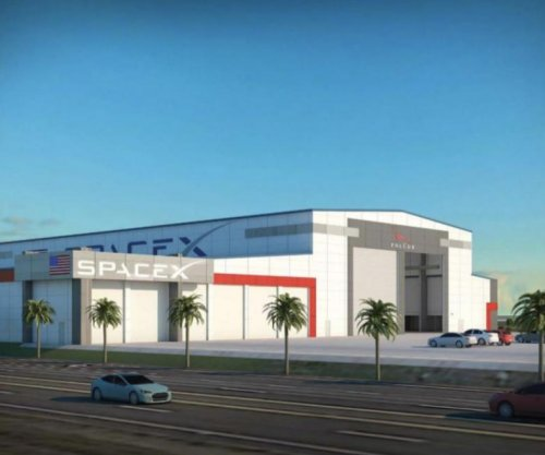 SpaceX looks to expand at Kennedy Space Center