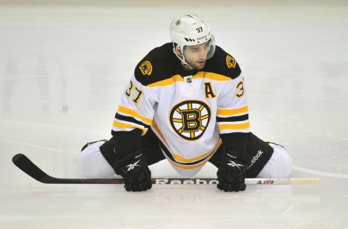 Bergeron signs long-term extension with Boston Bruins