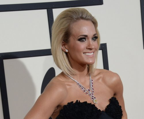 Carrie Underwood, Keith Urban to perform at 2016 ACM Awards
