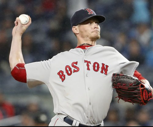 Boston Red Sox trade Clay Buchholz to Philadelphia Phillies for 2B Josh Tobias