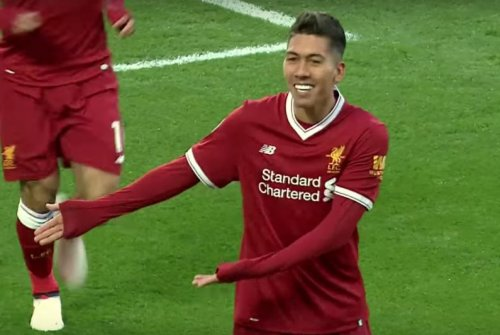 Liverpool's Firmino scores without looking at goal