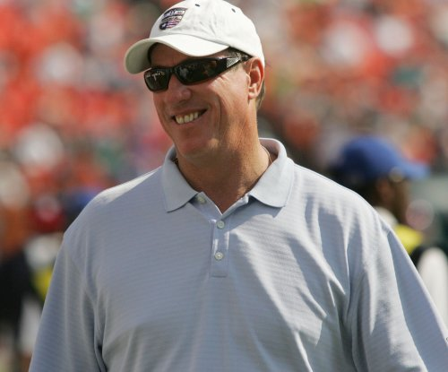 Bills legend Kelly to have reconstructive jaw surgery