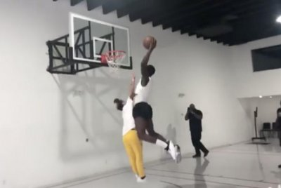 Indiana Pacers star Victor Oladipo runs over Tekashi69 on dunk attempt