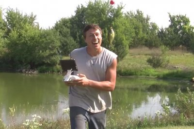 Kansas farmer goes drone fishing in viral video