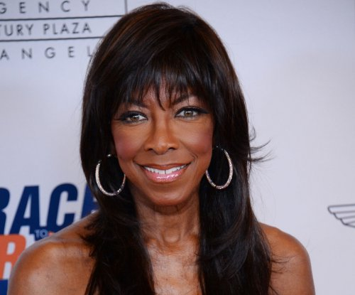 Singer Natalie Cole dead at 65
