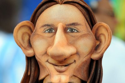 Lionel Messi: Argentina teammate calls superstar a 'Dwarf'