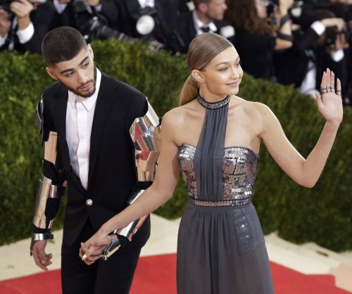 Gigi Hadid, Zayn Malik hold hands after reported split