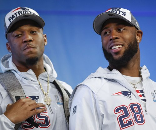 Patriots' White chalks up playoff success to McDaniels