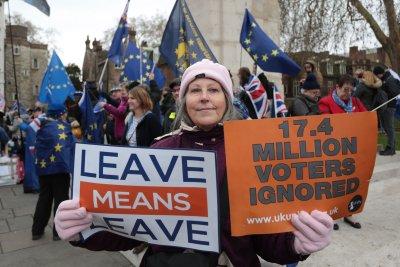 Theresa May gains momentum ahead of Brexit vote next week