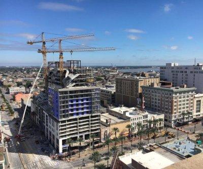 Demolition of hotel cranes in New Orleans delayed until Sunday