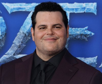 Josh Gad had 'Star Wars' spoiled during set visit with Daisy Ridley