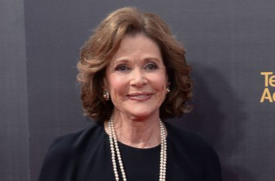 'Arrested Development' star Jessica Walter dies