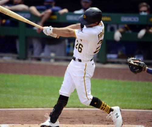 Pirates trade All-Star second baseman Adam Frazier to Padres