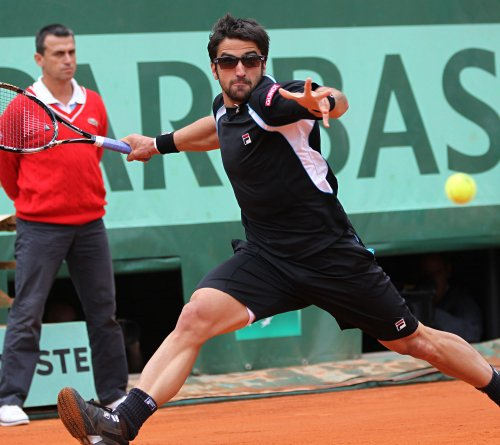 Tipsarevic only seed in Aegon semis