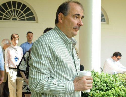 Axelrod signs deal for autobiography